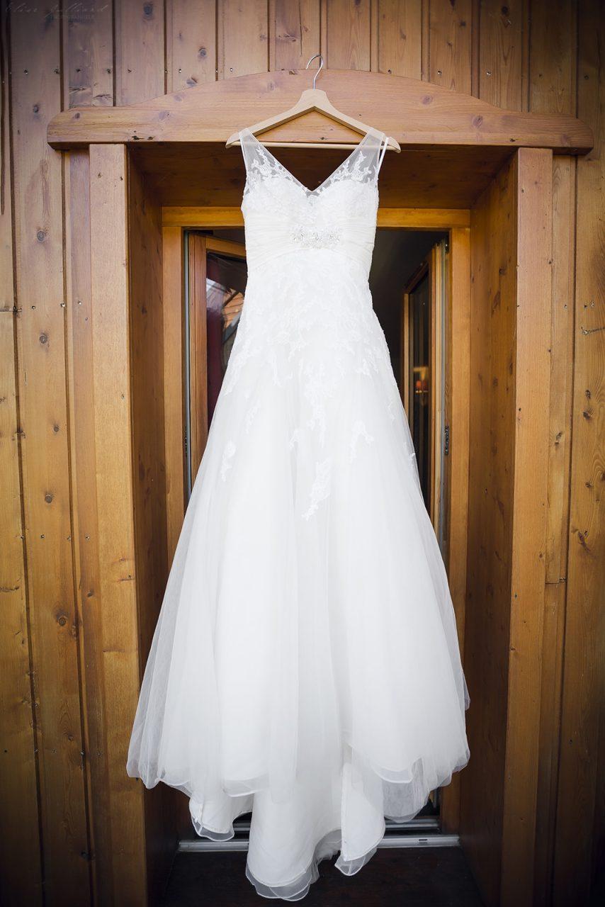 mariage-preparatifs-robe-couple-amour-amoureux-wedding-photographe-elise-julliard-lyon-auvergne-rhone-alpes-savoie-saint-francois-longchamp-maurienne