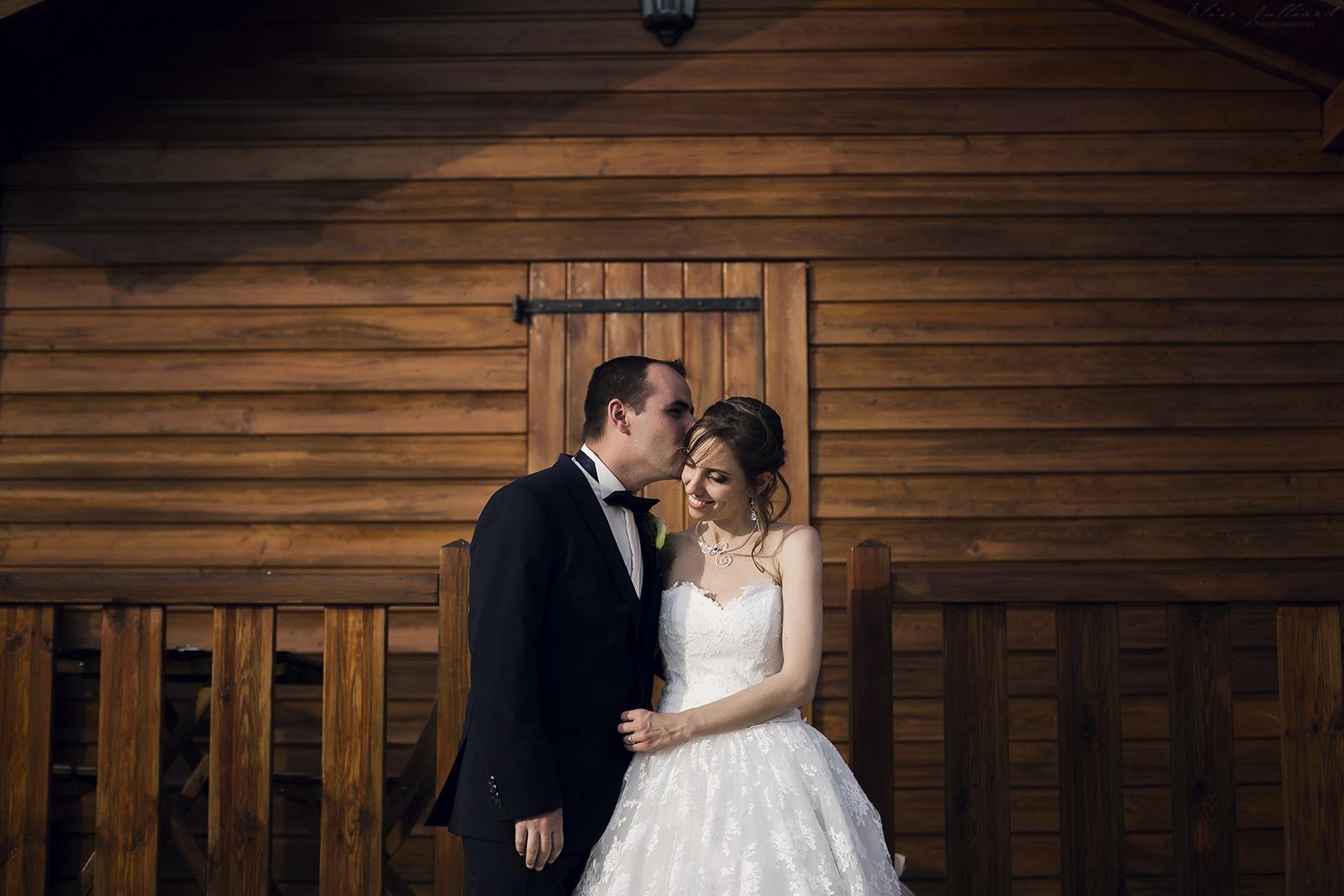 mariage-reportage-photographe-wedding-photographer-robe-chateau-de-blaceret-roy-lyon-couple-auvergne-rhone-alpes-savoie-haute-savoie-isere-ain-drome-ardeche-elise-julliard-2