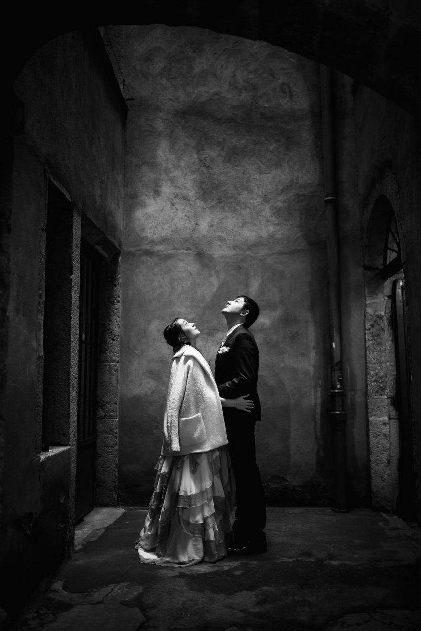 mariage-wedding-photographe-photographer-reportage-couple-love-session-seance-photo-vieux-lyon-auvergne-rhone-alpes-les-terrasses-du-parc-9