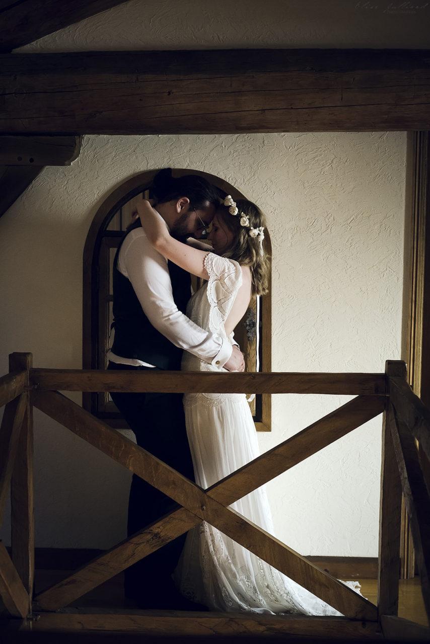 mariage-wedding-photographe-photographer-reportage-seance-photo-couple-amoureux-amour-famille-domaine-du-petit-chambard-auvergne-rhone-alpes-ain-lyon-bourg-en-bresse-vintage