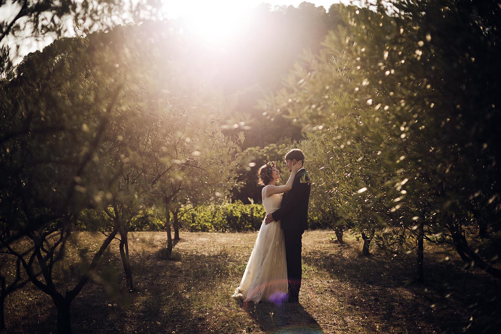 photo-mariage-photographe-wedding-photographer-aubenas-privas-ardeche-auvergne-rhone-alpes-soiree-reportage-lyon-couple-seance-photo-boheme-3