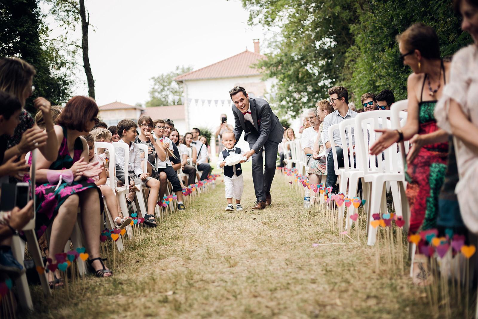 photographe-mariage-lyon-auvergne-rhone-alpes-wedding-photographer-france-domaine-des-batieres-ain-rhone-seance-photo-couple-love-session-6