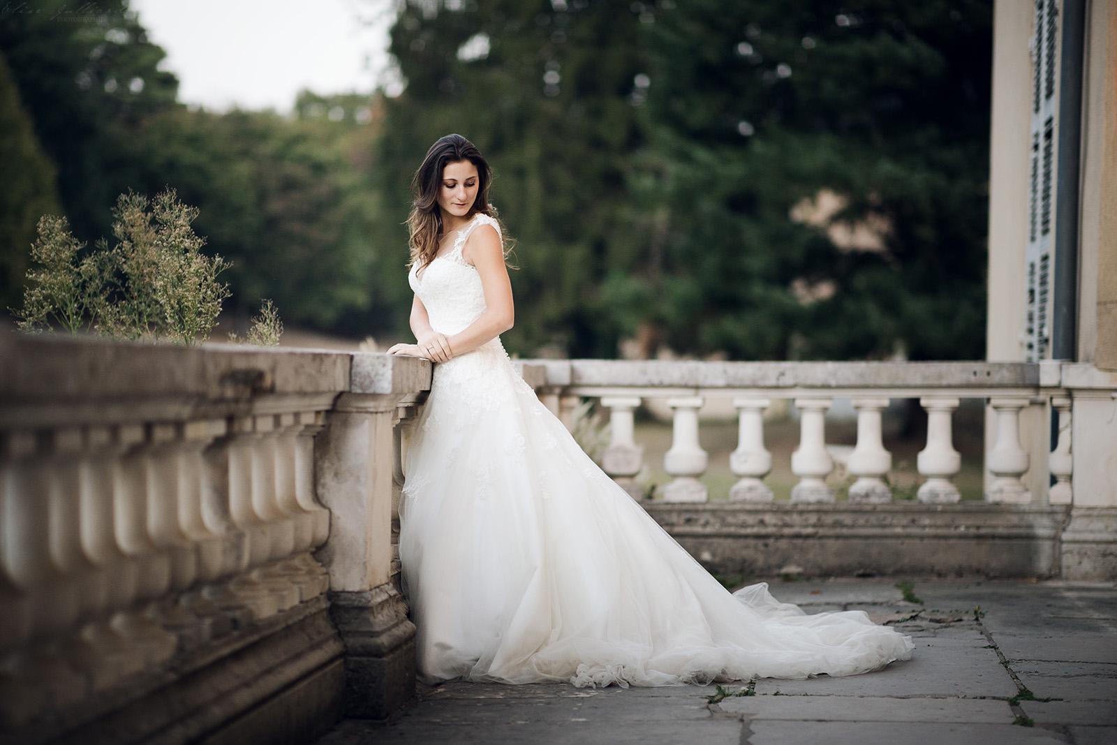 photographe-mariage-wedding-photographer-lyon-auvergne-rhone-alpes-ain-beaujolais-domaine-du-passeloup-couple-reportage-elise-julliard-chateau-de-cibeins-13