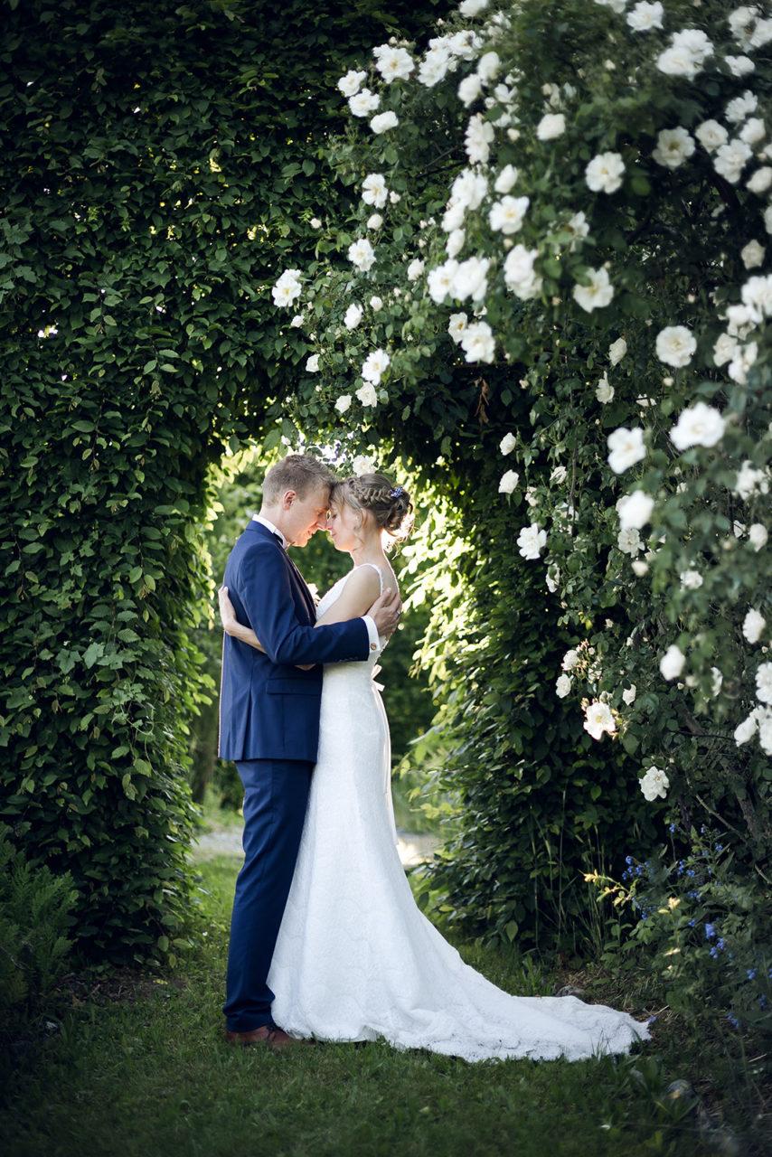 photographe-mariage-wedding-photographer-reportage-photo-couple-la-medicee-haute-savoie-annecy-auvergne-rhone-alpes-elise-julliard-amour-amoureux-love-session