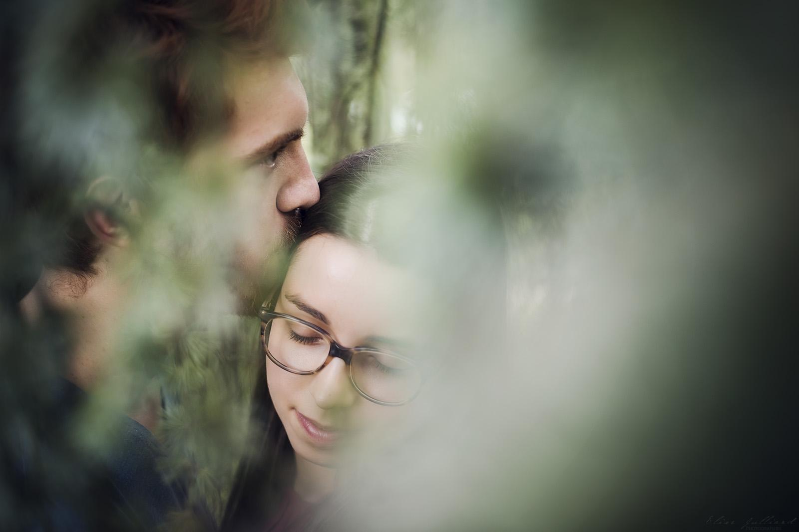 seance-photo-couple-amour-amoureux-lyon-auvergne-rhone-alpes-mariage-engagement-love-session-parc-de-la-tete-dor-only-photographe-elise-julliard-9