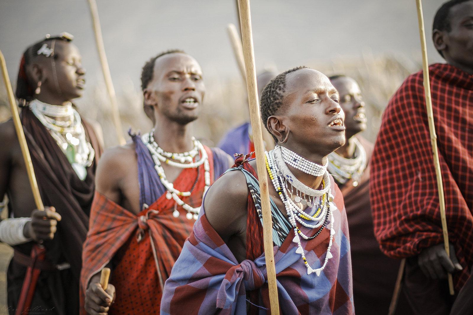 elise-julliard-photographe-guerriers-maasai-lac-natron-tanzanie-afrique