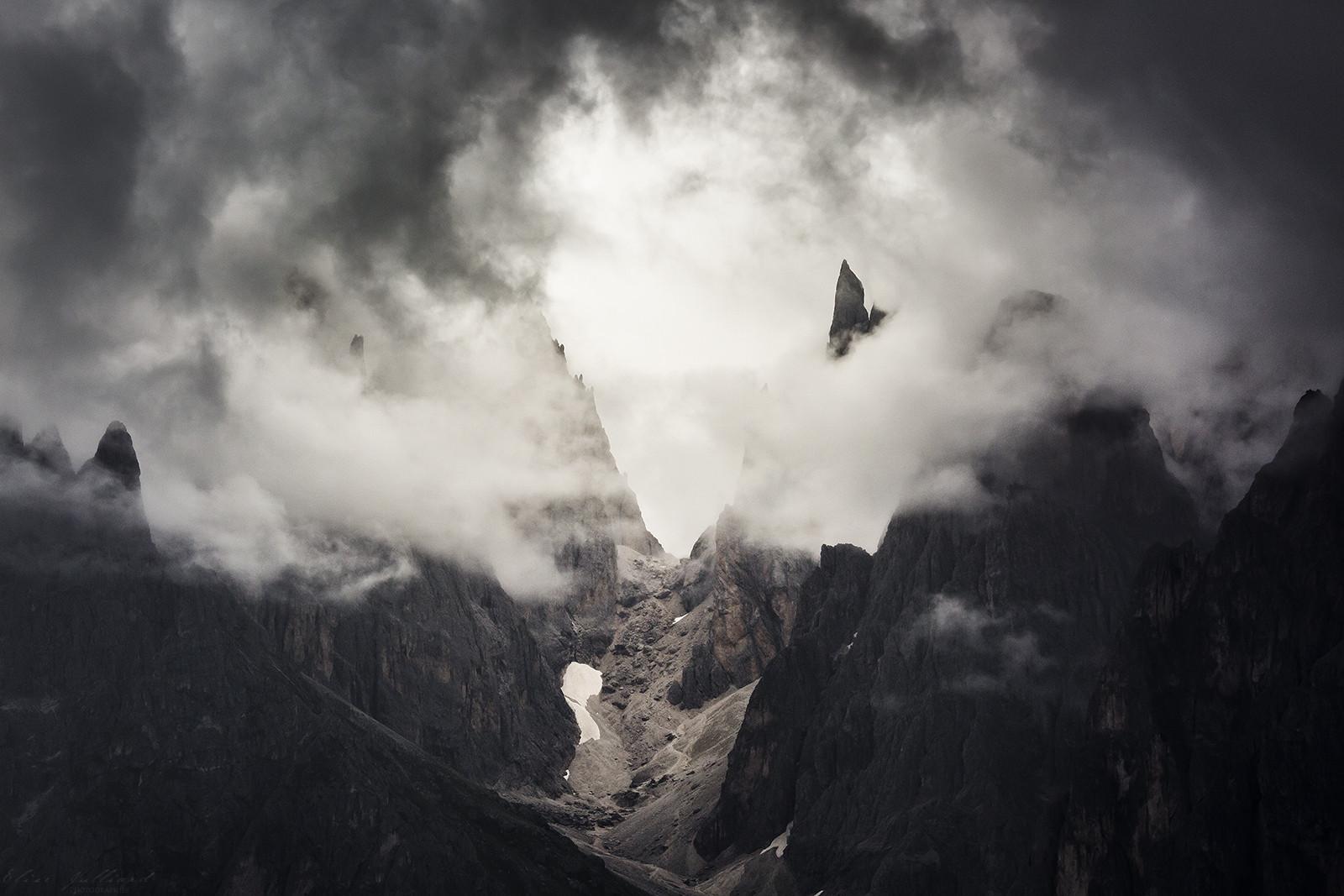 elise-julliard-photographe-lyon-france-rhone-alpes-photo-montagne-dolomites-italie-paysage-alpes-di-siusi