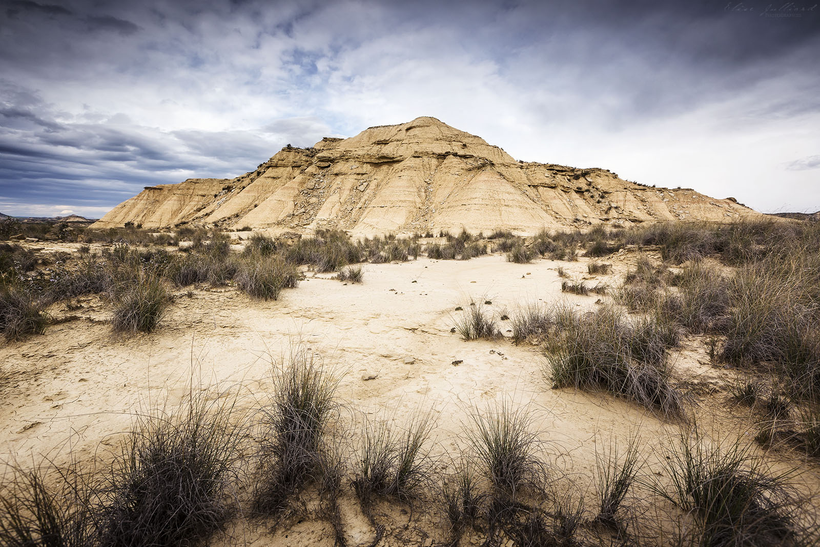 elise-julliard-photographe-lyon-voyage-roadtrip-travel-espagne-aventures-journal-route-tudela-bardenas-reales-navarre-arguedas-desert-2