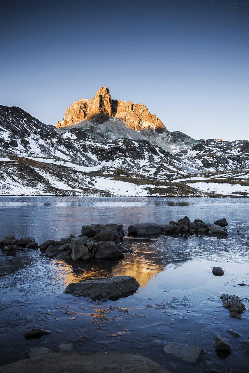 elise-julliard-photographe-photo-paysage-cheval-blanc-thabor-maurienne-savoie