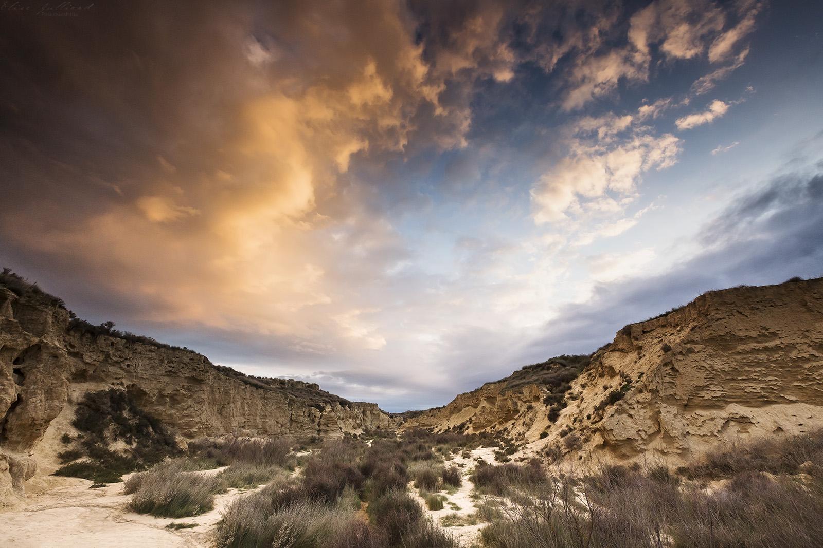 voyage-travel-espagne-tudela-bardenas-reales-navarre-arguedas-desert-paysage-elise-julliard-photographe-lyon-montagne-landscape-espana-coucher-de-soleil-sunset