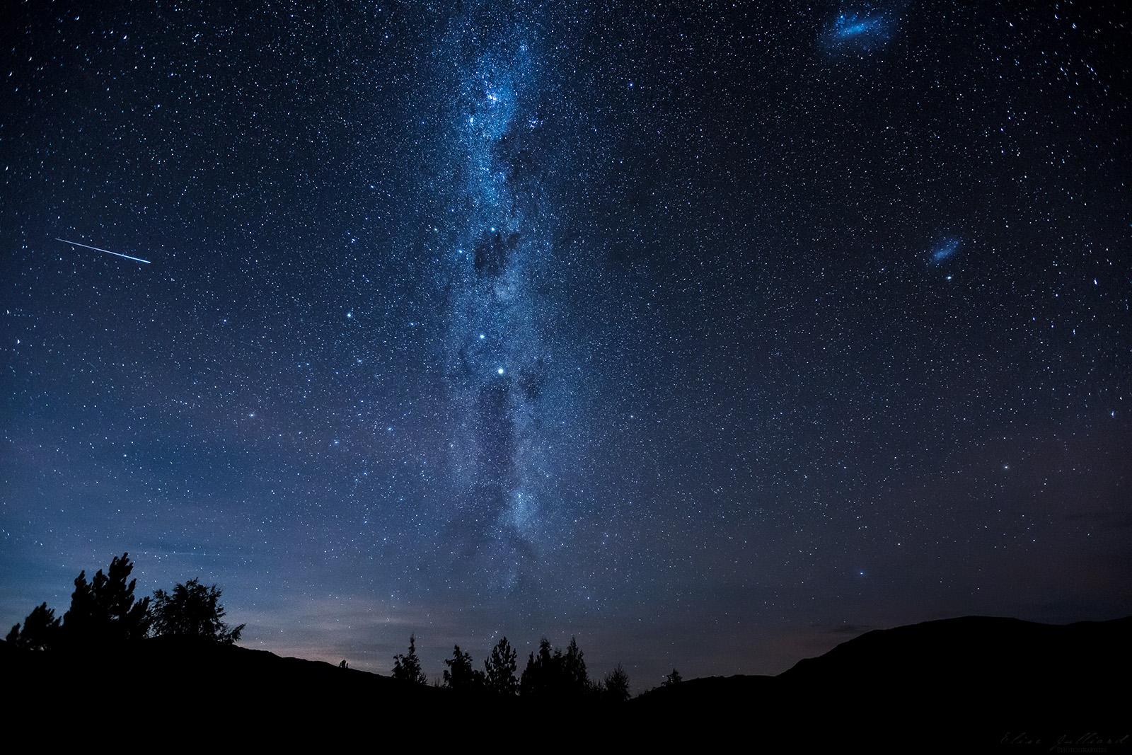 lake-tekapo-new-zealand-nouvelle-zelande-mackenzie-canterbury-south-island-southern-alps-dark-sky-reserve-mont-john-montagne-mountain-travel-voyage-stars-night-landscape