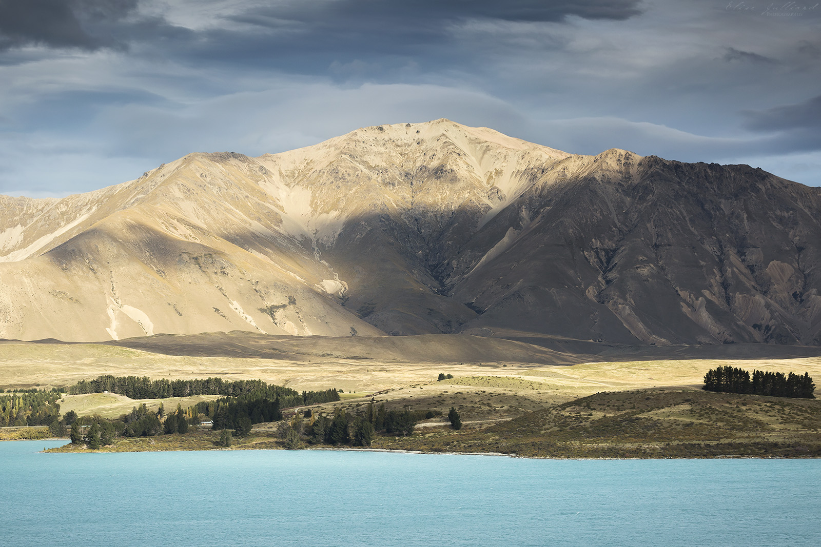 lake-tekapo-new-zealand-nouvelle-zelande-mackenzie-canterbury-south-island-southern-alps-dark-sky-reserve-mont-john-montagne-mountain-travel-voyage