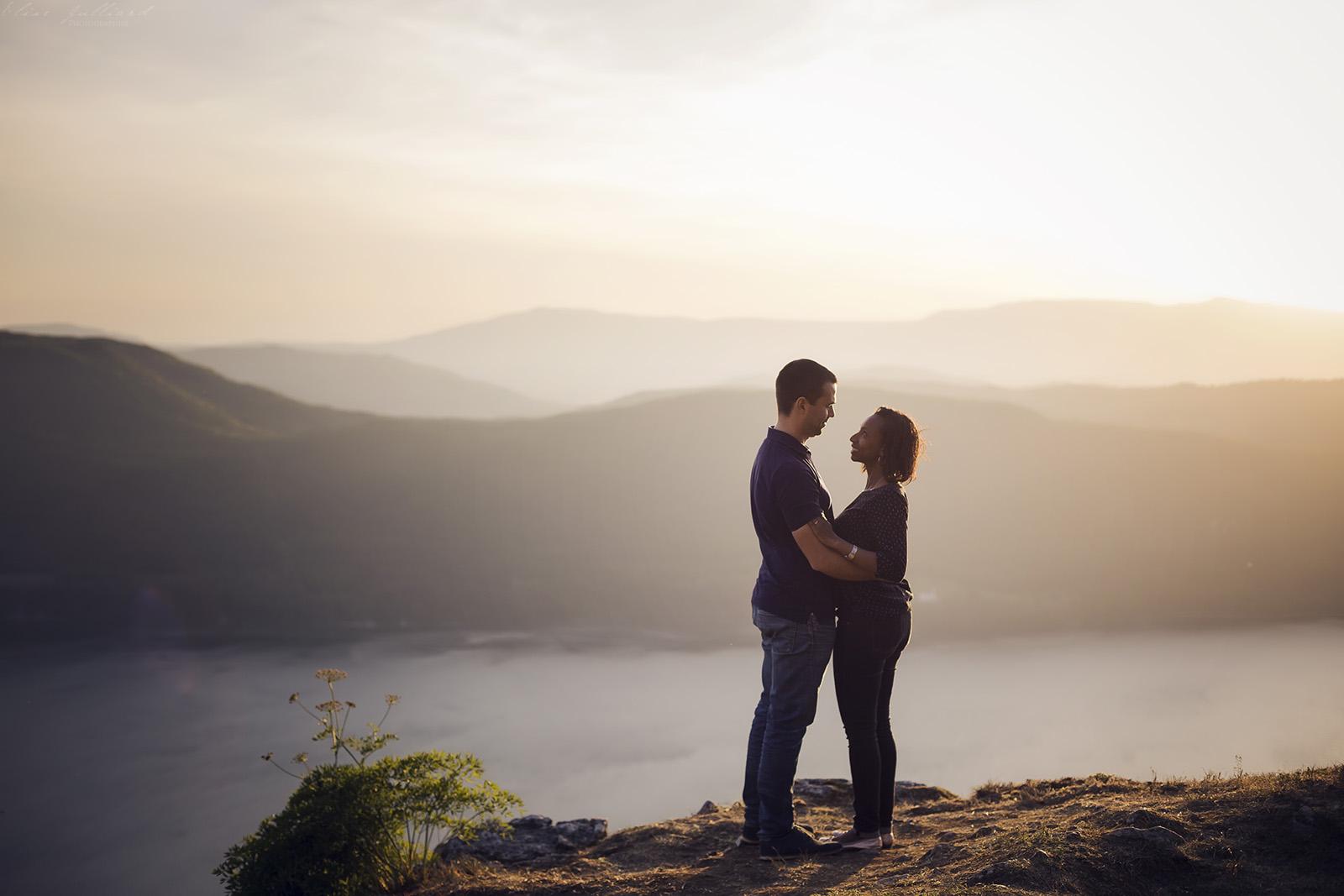 elise-julliard-photographe-lyon-rhone-alpes-mariage-amour-seance-photo-engagement-couple-love-session-wedding-lac-du-bourget-chambery-7