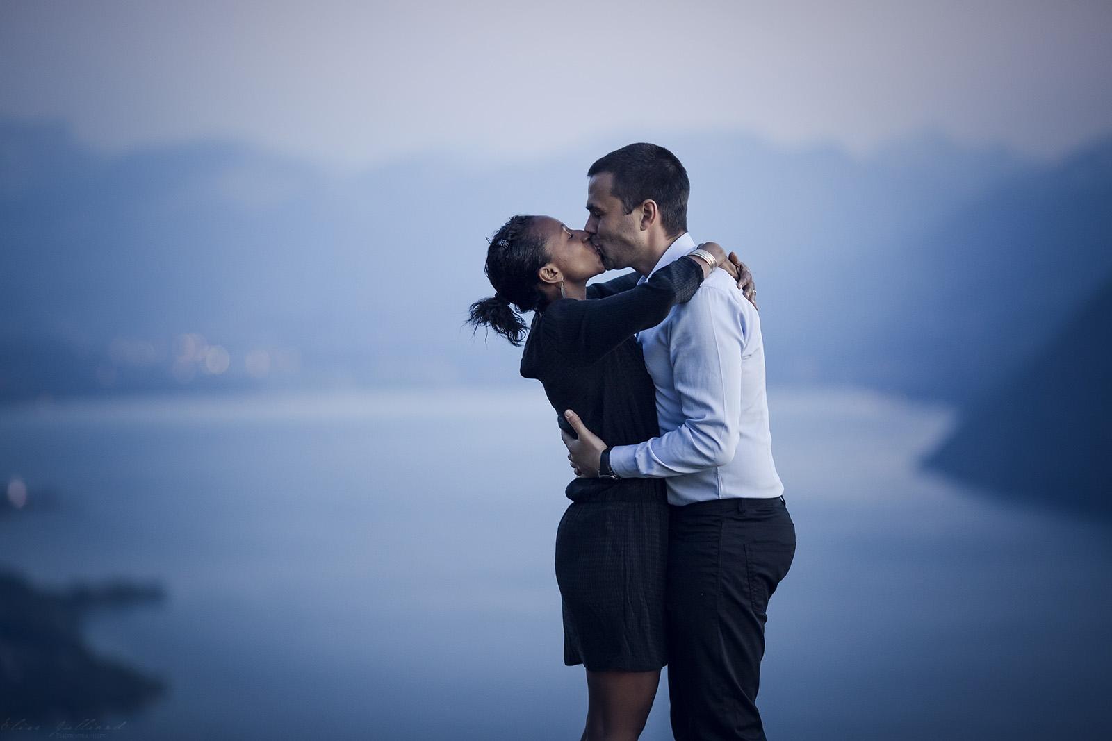 elise-julliard-photographe-lyon-rhone-alpes-mariage-amour-seance-photo-engagement-couple-love-session-wedding-lac-du-bourget-chambery-8