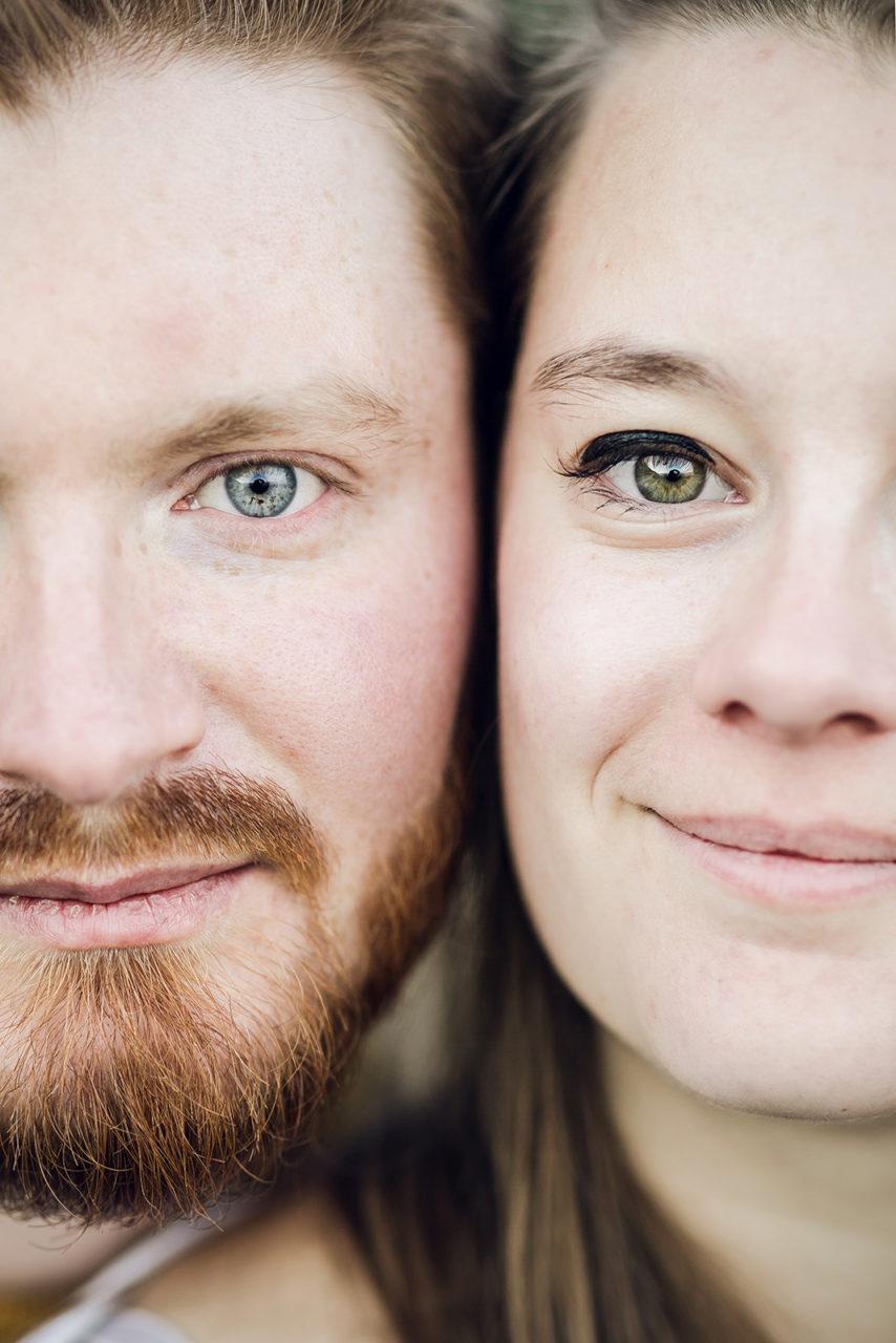 seance-photo-couple-engagement-grenoble-isere-montagne-chartreuse-vercors-elise-julliard-photographe-portrait-11