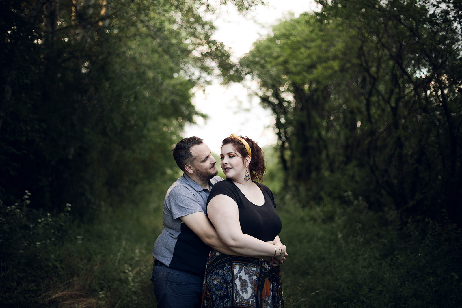 seance-photo-engagement-love-session-mariage-wedding-photographe-photographer-lyon-auvergne-rhone-alpes-couple-save-the-date-shooting-photoshoot-reportage-8